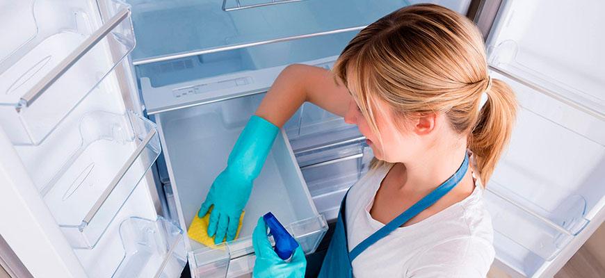 холодильник потек но работает